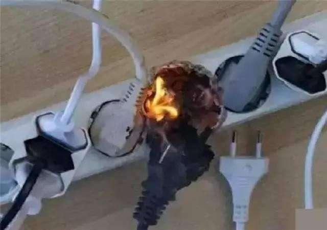 出門家裡電器插頭要不要拔掉,原來很多人都做錯了!