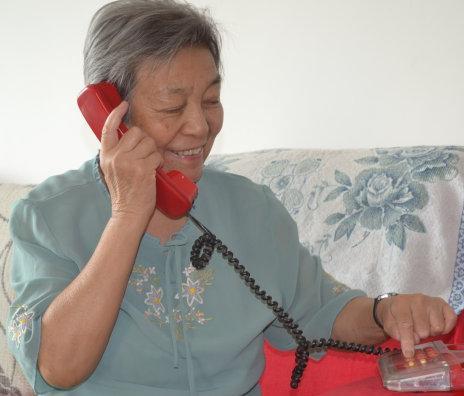 兒子當上門女婿,我退休後想去帶孫子,接到兒子電話我無法呼吸