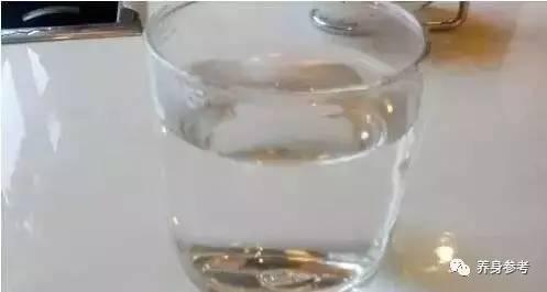 早上第一杯水喝什麼,全世界的醫生都推薦它!對抗21種病~