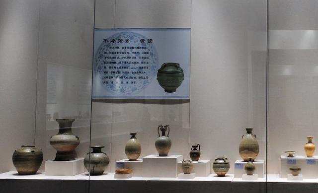 西安發現一帝王級古墓,墓主卻是一小女孩,石棺上四個字嚇壞專家
