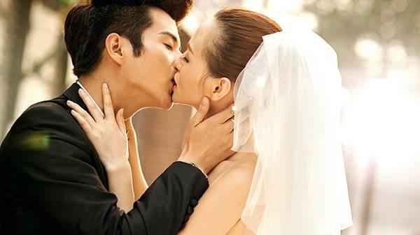 男人對女人產生親吻衝動的10大瞬間!