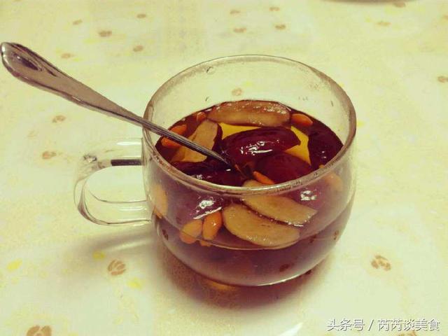 糖尿病的剋星來了,把它扔到水杯裏,堅持每天喝,血糖不升反降!