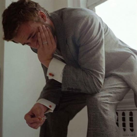 老婆在足療店,月薪2萬,這天我冒充客人找老婆,她一進來我哭了