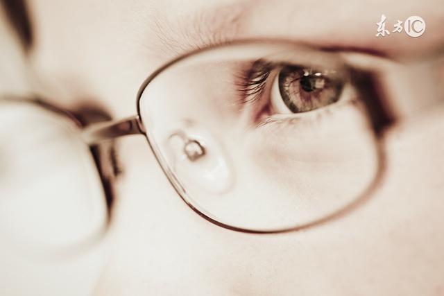 眼睛出現這種改變,是中風前兆!不可忽視!