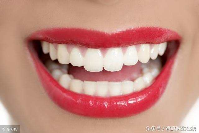 牙齒發黃,形象就會大打折扣,這3招能讓牙齒潔白如昔