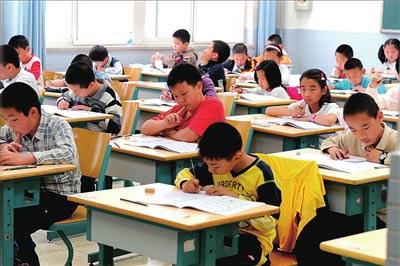 這個小學生「考零分」,他的答案被po上網時,網友大讚「根本是天才」還質問老師「到底哪裡錯了」!