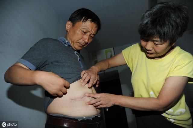 身體出現「1疼1癢」小心肝癌!10分鐘按這1個穴,排肝毒,消肝火
