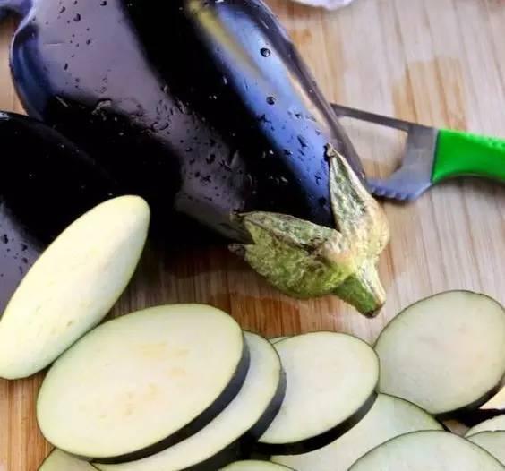 不要再油炒茄子了,太油腻了!吃法的五种新茄子郑州东方挂面机有限公司图片