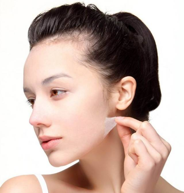 晚上洗完臉後的正確護膚步驟,打造完美肌膚第一步!