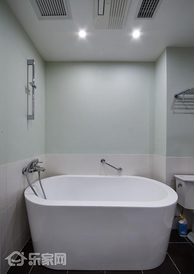 淋浴好還是浴缸好?裝修師傅一席話,點醒了我