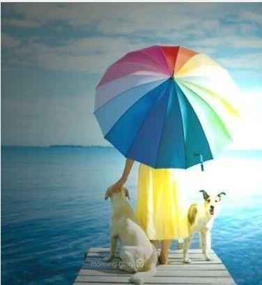 並不是所有的傘都有防曬功效,所以學會挑選很關鍵:原來X色的雨傘最防曬!!