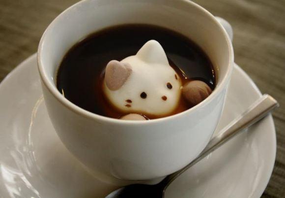 捨不得融化它們!加了巧克力內餡的貓咪棉花糖推出粉色限定版