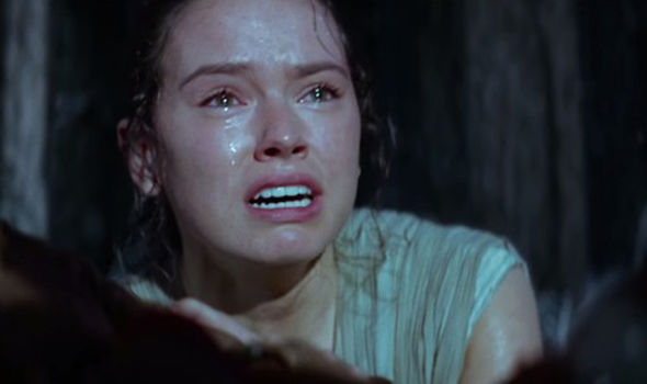 Rey-crying-in-Star-Wars-trailer-370827