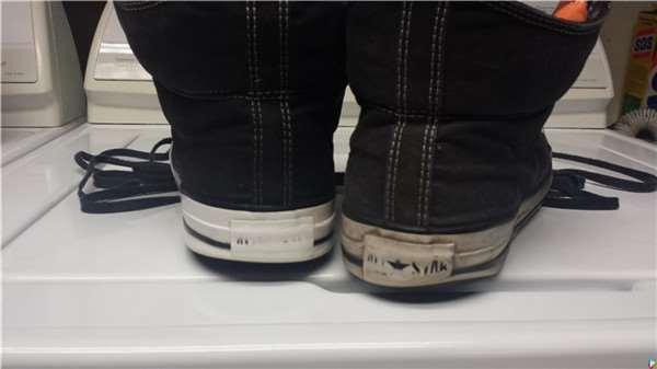 男子每次出門鞋子都被「踩三下」朋友都誤以為他買新鞋!直到有一天他示範「這個方法」竟然連賣鞋小姐都看跪下.... 太強了吧