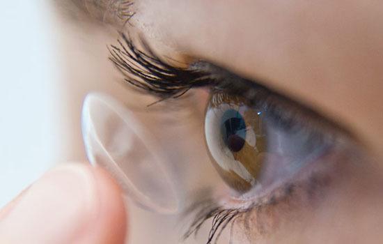 眼睛癢模糊看不清是怎麼回事 引起眼睛癢模糊的5大原因