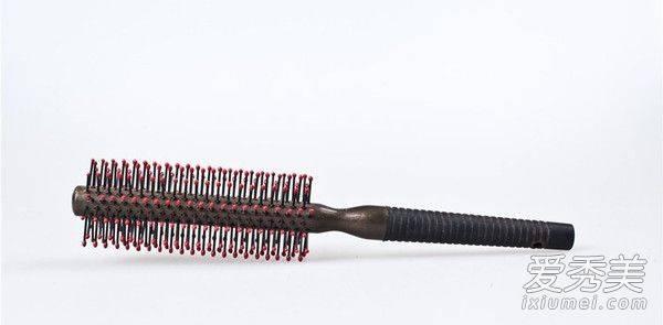 是時候為你的頭髮挑一款適合的梳子了