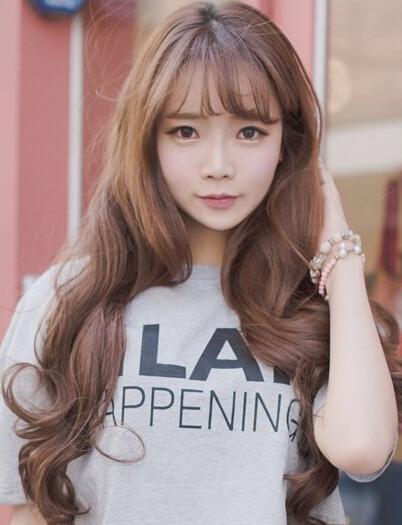 11款空氣劉海髮型,打造你不一樣的美!