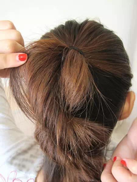 其實編髮很簡單,這樣扎頭髮仙氣十足!
