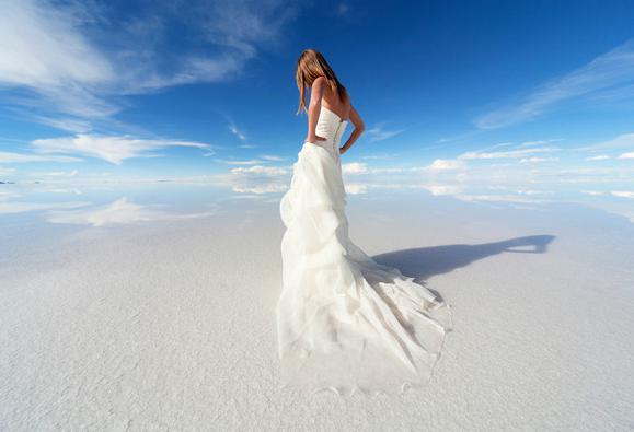 世上離天堂最近的國家,彎腰也能觸碰藍天!