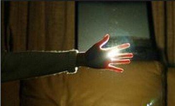不努力,別人想拉你一把,都找不到你的手在哪裡?