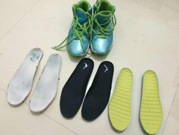 下雨天鞋子臭爆怎麼辦?告訴你這幾招,便宜又簡單就能消去噁爛的鞋臭味!