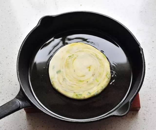 ❤酥軟千層蔥油餅做法,附送做餅萬能秘方!