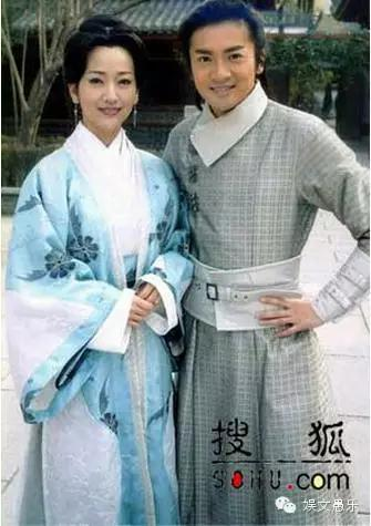 「蘇有朋」與「林心如」現實中偷偷相戀10多年,卻不能大方公開在一起的秘密...原來竟是因兩人...真是太讓人難過了!!!
