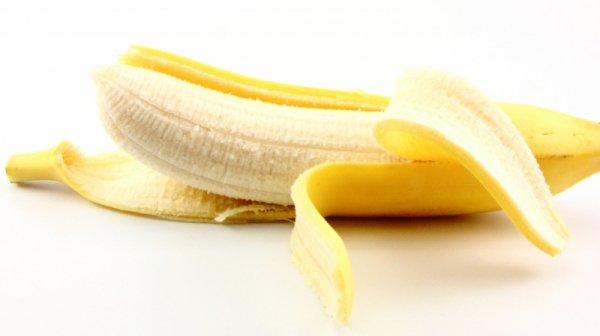 """太重要了!!幾乎沒人不知道,每天吃""""這水果"""",竟能預防「中風死亡」!轉發一次救人一命!!一定要讓更多人知道!!!!"""