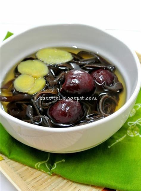 血管清道夫-黑木耳紅棗甜湯 這個貌不起眼的甜湯,真的出乎意料,好好吃哦 ^-^