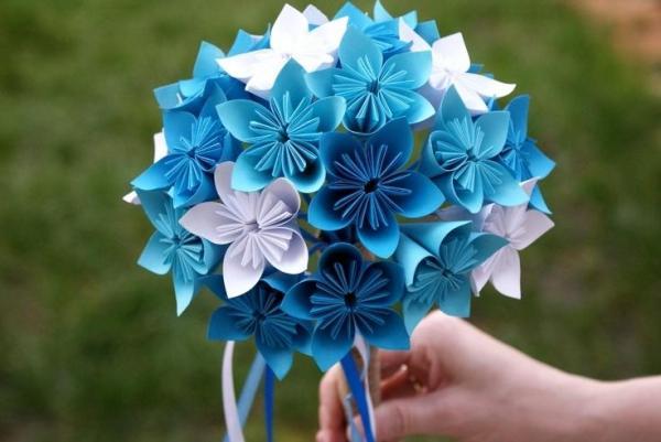 3分钟学会超美樱花折纸~超简单!快学起来过年跟孩子一起做!