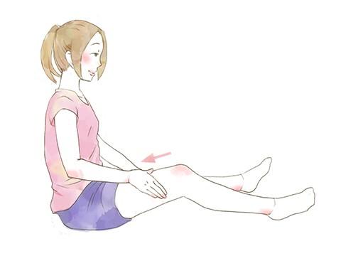 STEP2>>從膝蓋一路按摩到大腿