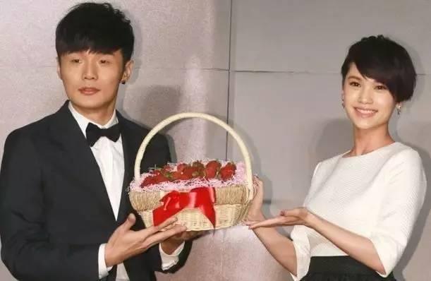 王心凌四年戀情終分手,台灣樂壇四教主裡遇過渣男的不只有她