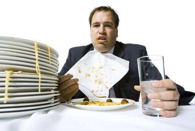 你知道嗎?晚飯吃這些食物,最容易得胃病!