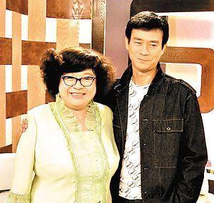 70歲鄭少秋近照,4個女兒3個媽,和趙雅芝還有一個私生女?