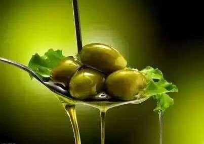 橄欖油對女人的作用很大,可惜90%的女人不知道!