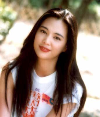 48歲王馨平身材大變樣 三次人工受孕失敗 稱鄭嘉穎是最美回憶