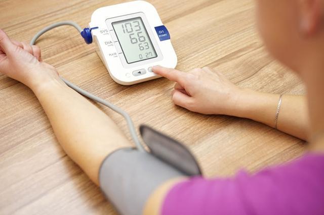 清晨6-10點是高血壓的「奪命時間」!預防必須做好4件事