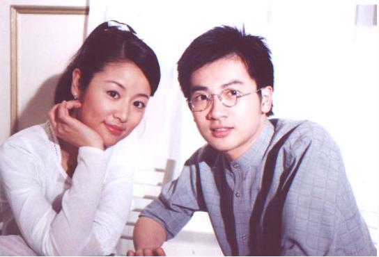 43歲蘇有朋與小5歲女友近照曝光,難怪40歲那年不娶林心如!