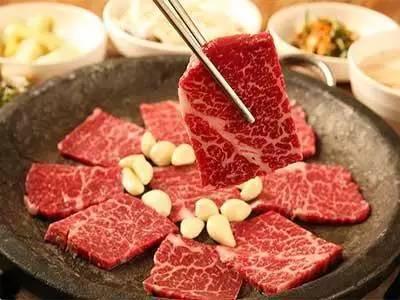 防三高,少吃肉?錯,這樣反而老得快!上了年紀要這樣吃肉