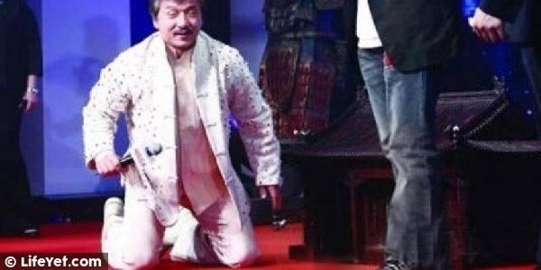 娛樂內幕:星爺怕他,成龍見他跪,曾志偉被打入院!他卻唯獨不敢得罪這三個人!【視訊】