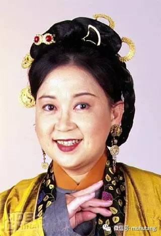 她是周星馳「母親」,曾和梅艷芳合作卻是歌后,還和鄧紫棋撞臉