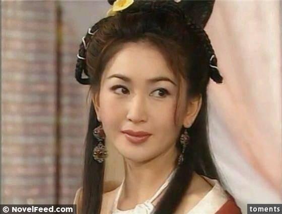 她17歲把「第一次」獻給劉德華,第二次給了吳孟達,現在的她比當年還美!