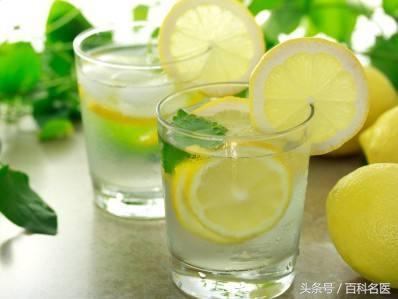 檸檬是冷水還是熱水泡才有養生效果? 泡錯等於白喝? 你泡對了嗎?