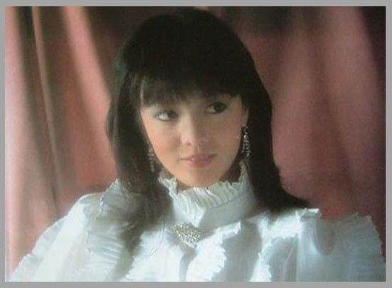 曾經香港TVB的三美之一,今整容失敗,只能證明她曾經的美麗