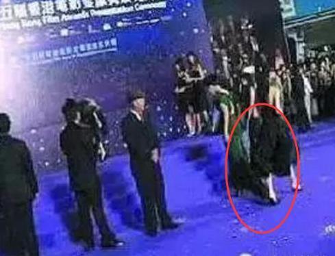 她出道3年就成國際影后,曾將范冰冰踩到腳底下,今慘遭大封殺!