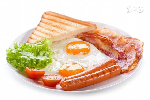 早上起床後,幾點吃早餐最好?吃什麼最健康?
