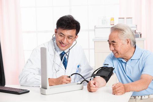 最全尿毒症早期症狀大列表,很多是醫生不會告訴你的!