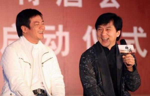 17年前林心如慘遭他拋棄,今57歲還單身,網友:發福認不出!