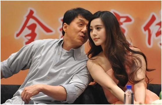 成龍隱藏了17歲私生女的秘密,如今終於承認,原來最愛的人是