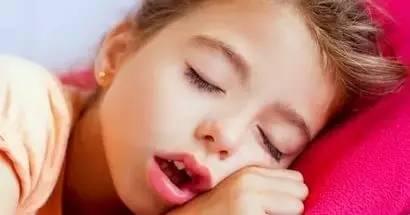 警惕!你用嘴呼吸還是鼻呼吸?這會影響到你的健康與顏值